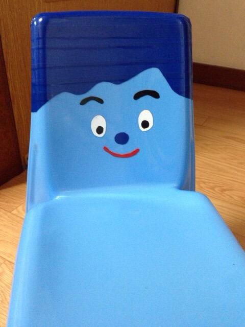 【作り方手順】100均の椅子でみいつけた!のコッシーを作成した