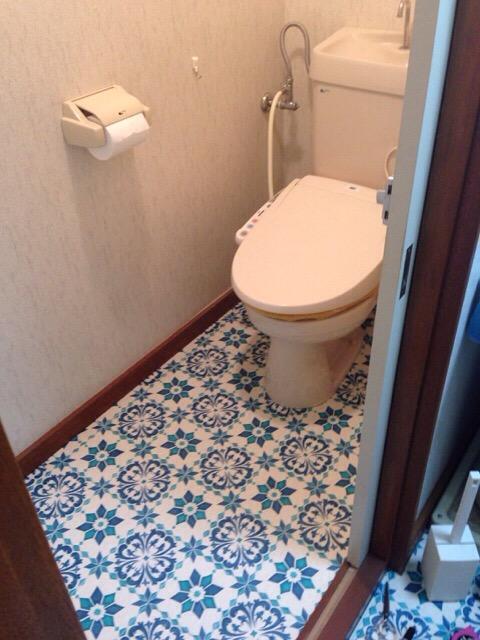 【DIY】賃貸のトイレでも雰囲気を変えたい!ということでクッションフロアを敷いてみました。